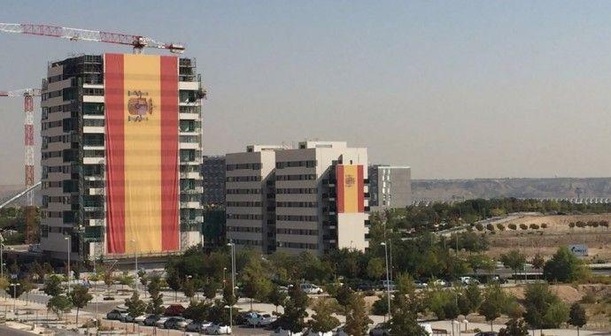 El Ejército del Aire, el nuevo destino de la bandera de España más grande de la historia