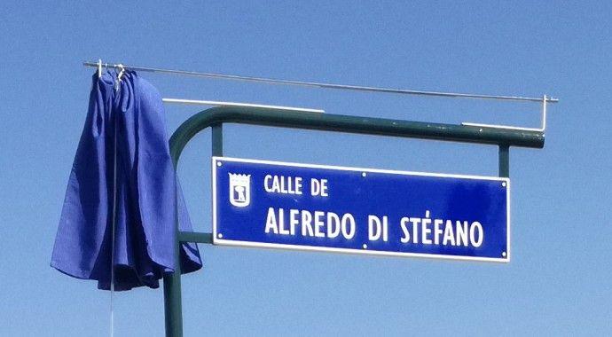 Inaugurada la calle Alfredo Di Stéfano en Valdebebas