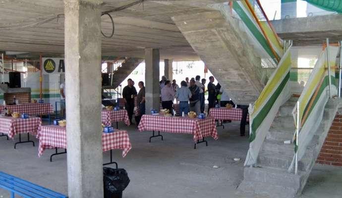 Una fiesta de bandera en valdebebas - Baneras de obra ...